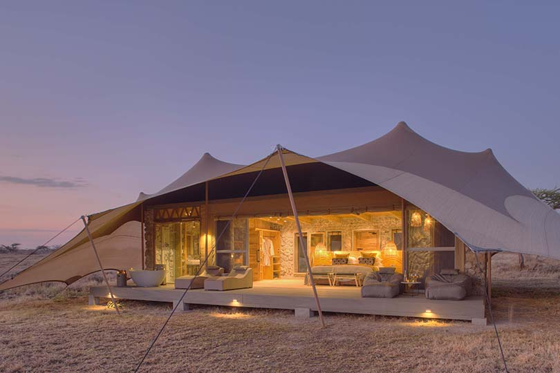 Namiri Plains Agentzone Tent Exterior At Dawn